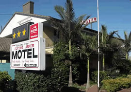 Flying Spur Motel - Carnarvon Accommodation