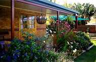 Cairns Bed and Breakfast - Carnarvon Accommodation