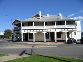 Commonwealth Hotel - Carnarvon Accommodation