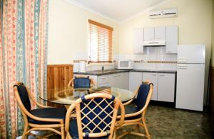 Dunleith Tourist Park - Carnarvon Accommodation