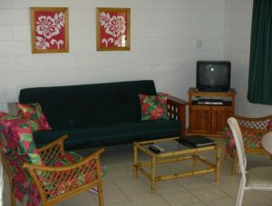 Palm View Holiday Apartments - Carnarvon Accommodation