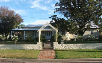 Annas Place - Carnarvon Accommodation