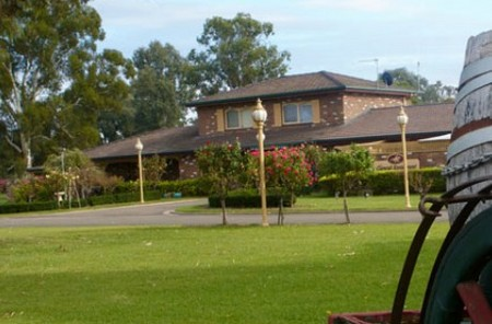 Carriage House Motor Inn - Carnarvon Accommodation