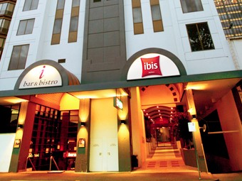 Hotel Ibis Melbourne - Carnarvon Accommodation