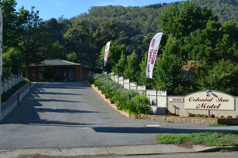 Bright Colonial Inn Motel - Carnarvon Accommodation
