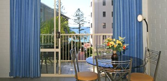 Surf Dance Holiday Units - Carnarvon Accommodation