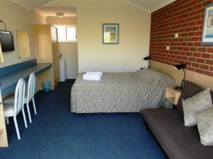 Merimbula Gardens Motel - Carnarvon Accommodation