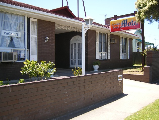 Colonial Lodge Motel - Carnarvon Accommodation