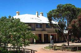 Hawker Hotel Motel - Carnarvon Accommodation