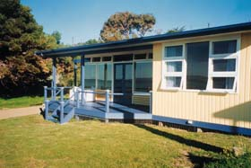 Eskavy Beach House - Carnarvon Accommodation
