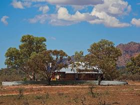 Arkapena Homestead - Carnarvon Accommodation