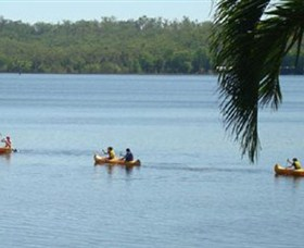 Lake Bennett Resort - Carnarvon Accommodation