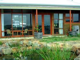 Minko Farmstay - Carnarvon Accommodation