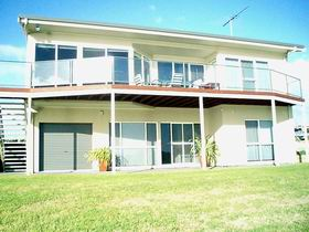 Swanport Views Holiday Home - Carnarvon Accommodation