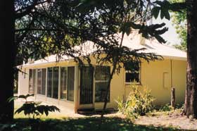 Wilkadene Cottage - Carnarvon Accommodation