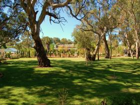 Jacobs Creek Retreat at Moorooroo Park - Carnarvon Accommodation