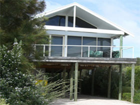 Sheoak Holiday Home - Carnarvon Accommodation