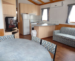 Victor Harbor Holiday and Cabin Park - Carnarvon Accommodation