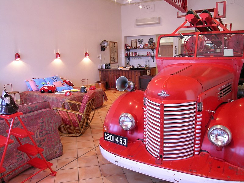 The Fire Station Inn - Fire Engine Suite - Carnarvon Accommodation