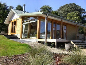 Shanleys Huon Valley - Carnarvon Accommodation