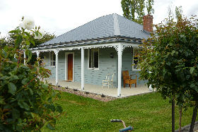 Westeria Cottage - Carnarvon Accommodation