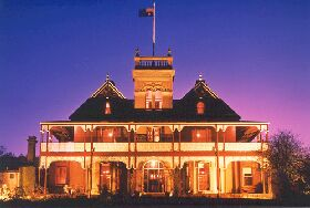 Tynwald Willow Bend Estate - Carnarvon Accommodation