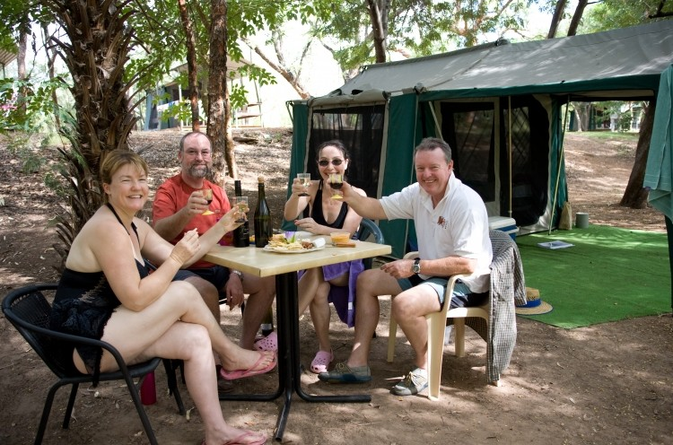 Adels Grove Camping Park - Carnarvon Accommodation