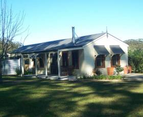 Hillcrest Cottage - Carnarvon Accommodation