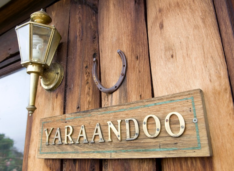 Yaraandoo Lakeside Retreat - Carnarvon Accommodation