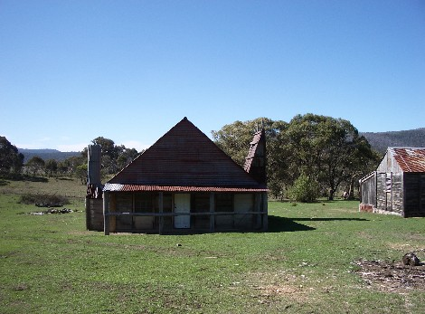 Fontenoy Farm Cottages - Carnarvon Accommodation