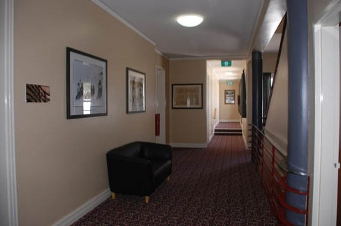 Alpine Hotel - Carnarvon Accommodation