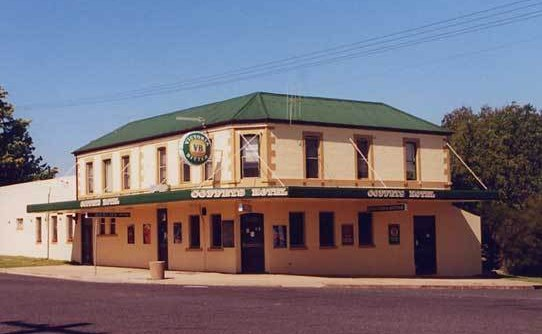 Coffeys Hotel - Carnarvon Accommodation