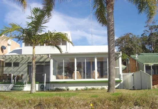 8 Seaview Crescent - Carnarvon Accommodation