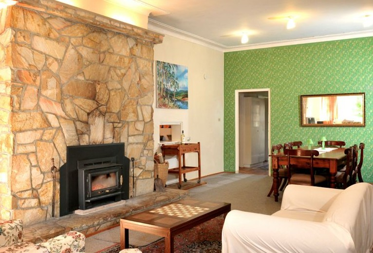 Oakleigh Rural Retreat - Carnarvon Accommodation