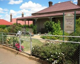 Courthouse Cottage B and B - Carnarvon Accommodation