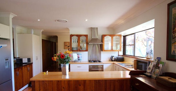 Cicada Country House - Carnarvon Accommodation