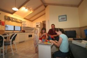 BIG4 Lake Macquarie - Monterey Tourist Park - Carnarvon Accommodation