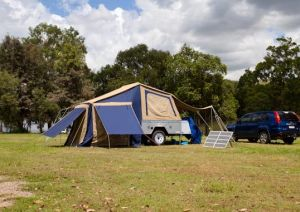 Lake Somerset Holiday Park - Carnarvon Accommodation
