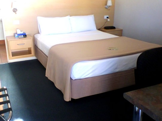 Ayrline Motel - Carnarvon Accommodation
