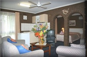 Paradise Holiday Apartments Villas - Carnarvon Accommodation