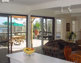 Lakeview Cottage - Carnarvon Accommodation