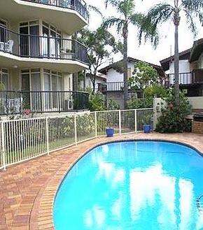Bayview Beach Holiday Apartments - Carnarvon Accommodation