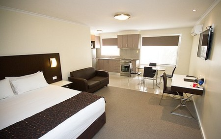 Country Comfort Premier Motel - Carnarvon Accommodation