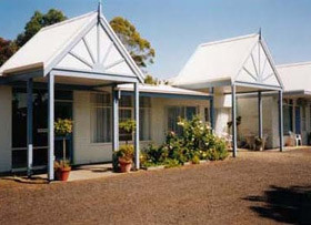 Bridge Motel Newhaven - Carnarvon Accommodation