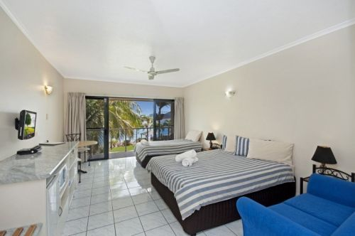 Hinchinbrook Marine Cove Motel - Carnarvon Accommodation