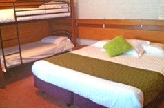 Barrakee Ski Lodge - Carnarvon Accommodation