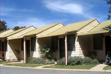 The Village Cabins - Carnarvon Accommodation