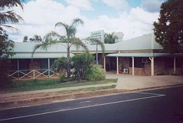 Clermont Motor Inn - Carnarvon Accommodation