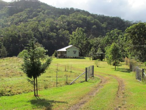 Eighteen Mile Cottage and Homestead - Carnarvon Accommodation