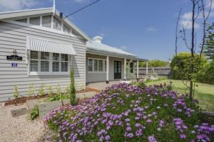 Blakiston House - Carnarvon Accommodation